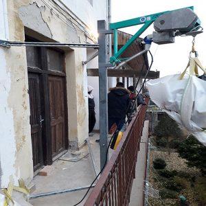 imer építőipari építési építkezési elektromos csörlő bérlése kölcsönzése körfolyosóhoz
